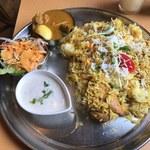 インディアンレストラン アールティ - 「ビリヤニランチ」1,000円+「日替わりカレー」200円