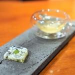 Restaurant Re: - 虎河豚のスープ、身とトリュフ。 虎河豚の煮凝り、ハーブのソース