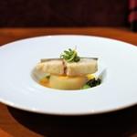 Restaurant Re: - 銀鱈のソテー、 オレンジバターソース、 聖護院かぶとミモレットの蒸し焼き
