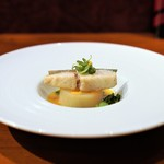 NARITA YUTAKA - 銀鱈のソテー、 オレンジバターソース、 聖護院かぶとミモレットの蒸し焼き