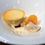Restaurant Re: - 鉄観音のアイス、 鉄観音とミルクの泡、 金柑、 ラングドシャ、 仕上げに大葉の香り