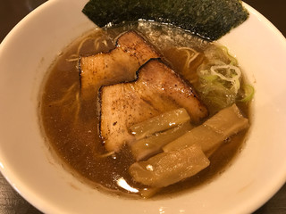 麺屋 湊 - にぼしラーメン 豚バラチャーシュー