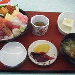 6723816 - 海鮮丼定食