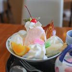 白壁カフェ花ごよみ - 白玉の和パフェ☆