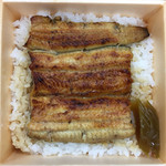 日本橋 伊勢定 - 弁当とはいえホカホカ