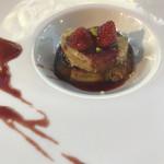 ラブレー - フォアグラのフレンチトースト、フォアグラソテー。苺ソース。