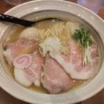 麺屋NOROMA - 特選鶏そば950円