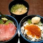魚貝亭 - 二色丼(マグロ・イクラ)1059円