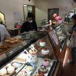 バニラの実 - 店内をパシャ       平日の11時過ぎ