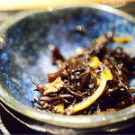 道玄坂 漁 - ひじき煮。ブレた…