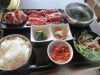 土古里 上野バンブーガーデン店 - おすすめ3種盛りセット(2,160円)