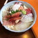 Taikoushouten - ちょこっと海鮮丼(1580円)