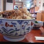 海鮮丼家 - 料理写真:丼の大きさ