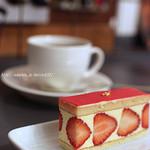 カプセルモンスター - 料理写真:この写真は書庫303さんでいただいたケーキの写真です。