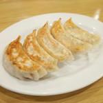 佳名℃ - 焼き餃子(380円・外税)