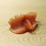 鮨 しゅん輔 - 赤貝