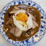 カレーショップデリー - 料理写真:「焼豚玉子カレー」(760円)