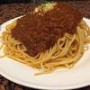 でゅえっと - 料理写真:デュエット風ミートソーススパゲティ。2.5人前ぐらいの量です。実物を見るとすごい量です。