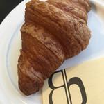 Boulangerie bee - クロワッサン