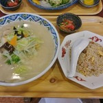 マンプク - 料理写真:タンメン+ミニチャーハン(ランチ) 850円