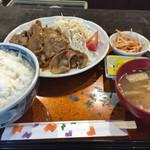 夢屋 - 料理写真:焼肉 ご飯大盛り  800円