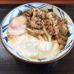 丸亀製麺 - 牛とろ玉うどん