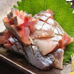茨木 豊丸 - 料理写真:口に入れた瞬間、あじの甘味と旨味が広がります♪…350円