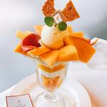 ザ・東京フルーツ パーラー - 大人のマンゴーパフェ