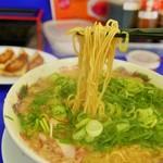 来来亭 - 麺リフト