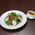 Organic Restaurant Seta - (ランチ)スモークチキンサラダプレート