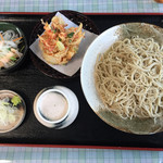 そば処 いま泉 - 大盛り蕎麦750円にかき揚げ100円。