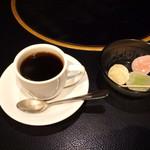 万葉 - 珈琲&デザートの蒟蒻餅