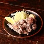 米とサーカス - 兎の塩麹唐揚げ
