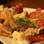 洋食&樽生ワイン しもじま亭 - 料理写真:名物前菜20種盛り合わせ