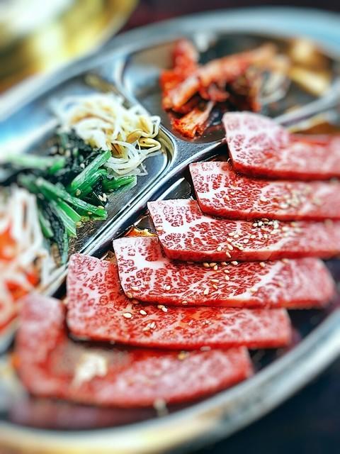 焼肉 えん - 上カルビ定食2250円税込(肉は100g)