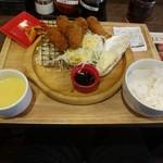 67305070 - カキフライ定食
