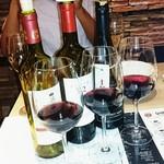 ギンザ オリーバル - ワインの3種類飲み比べ