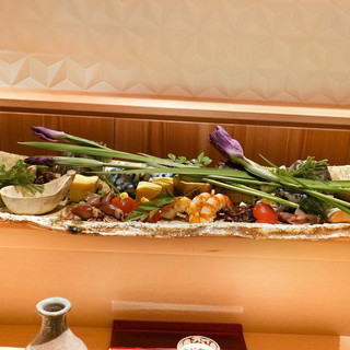 銀座 しのはら - 料理写真:八寸:ほたるいか、千倉のあわび、車えび、フルーツトマト、すっぽんから揚げ、玉子焼き、穴子チーズ