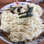 67308002 - 「江戸つけ麺」(650円)の麺アップ
