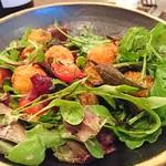 organ - 『ベイビースキャロップ(ホタテ貝)のフリットと茄子、トマト、葉野菜のサラダ』