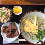 麺家 にらい - 《なんこつソーキそば・小》500円 《ジューシー》150円→100円 2017/5/21