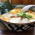手打ち工房 凌駕 - 料理写真:手打ちワンタン麺味噌(大)