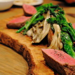 Bistro TAKU - 料理写真:漢方和牛ランプ肉のロティ