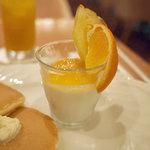 カフェ・ド・カンパーニュ - モーニングパンケーキセット