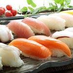 グランブッフェ 盛岡南 - ディナータイムはお寿司も食べ放題。ランチタイムは別料金で食べ放題。