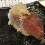 第三春美鮨 - 真鰺 65g 瀬付き 釣 兵庫県沼島
