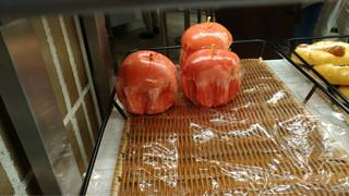 箱根ベーカリーセレクト - リンゴの形のリンゴパン