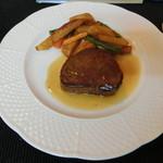 洋凡料理 NAKAMURA - 料理写真:牛ヒレ肉のステーキグレヴィーソース