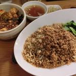 雲林坊 - 汁なし担々麺&小麻婆丼1150円