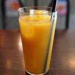 LE66 PLATABLE - ランチのオレンジジュース